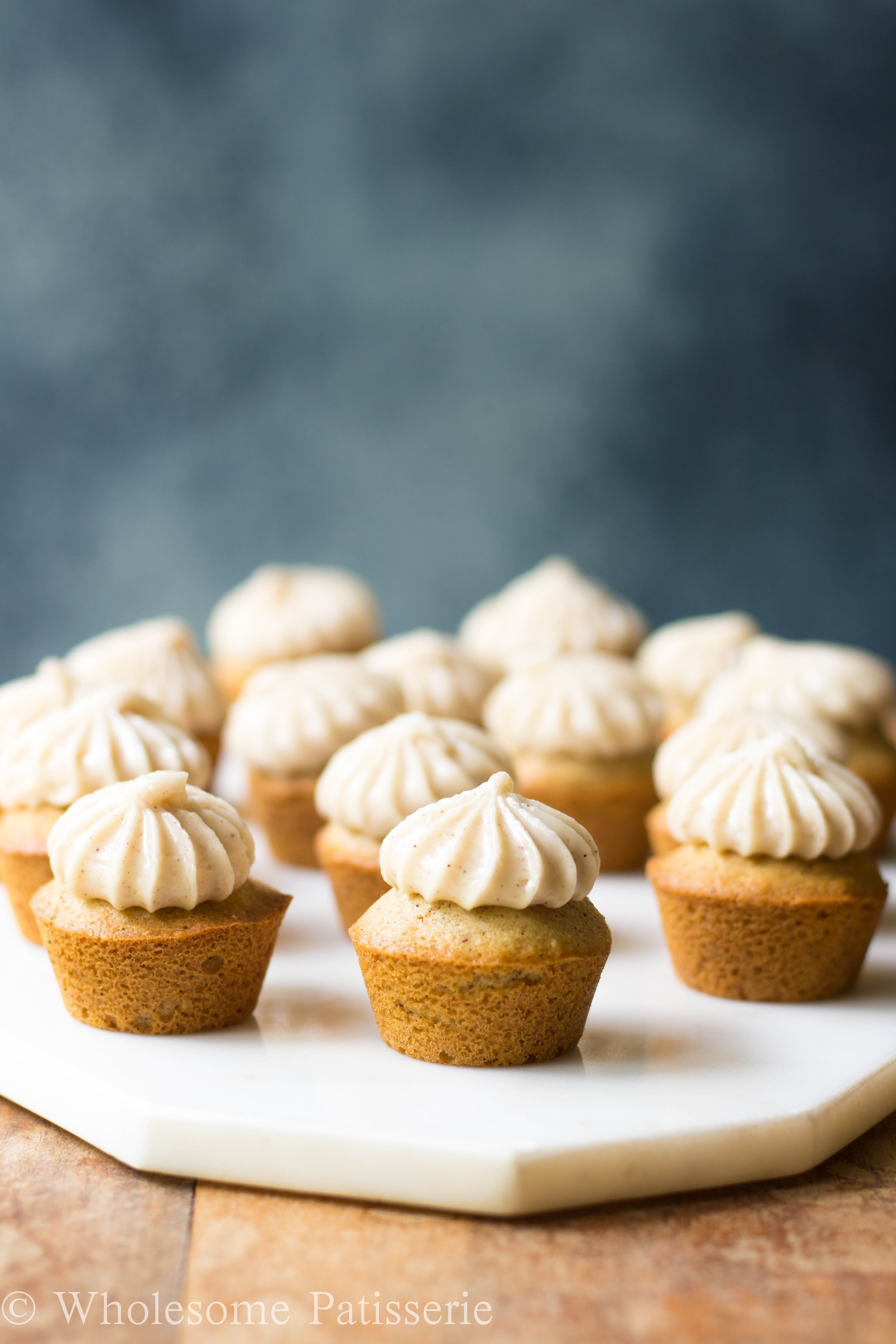GLUTEN-FREE-cupcake-recipe-honey-cupcakes-vegetarian-DELICIOUS-easy-yummy-cupcakes-cinnamon-mini-cupcakes-wholesome-patisserie-baking