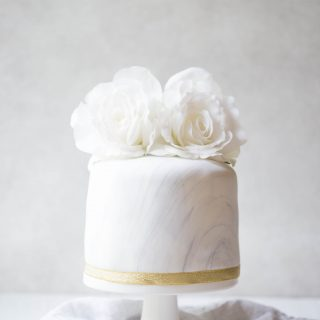 marble-fondant-cake-chocolate-cake-decoration-glutenfree-wedding-cake