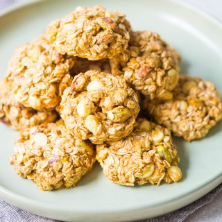 gluten-free-pistachio-white-chocolate-oat-cookies-dairy-free-easy-under-30-minutes-one-bowl