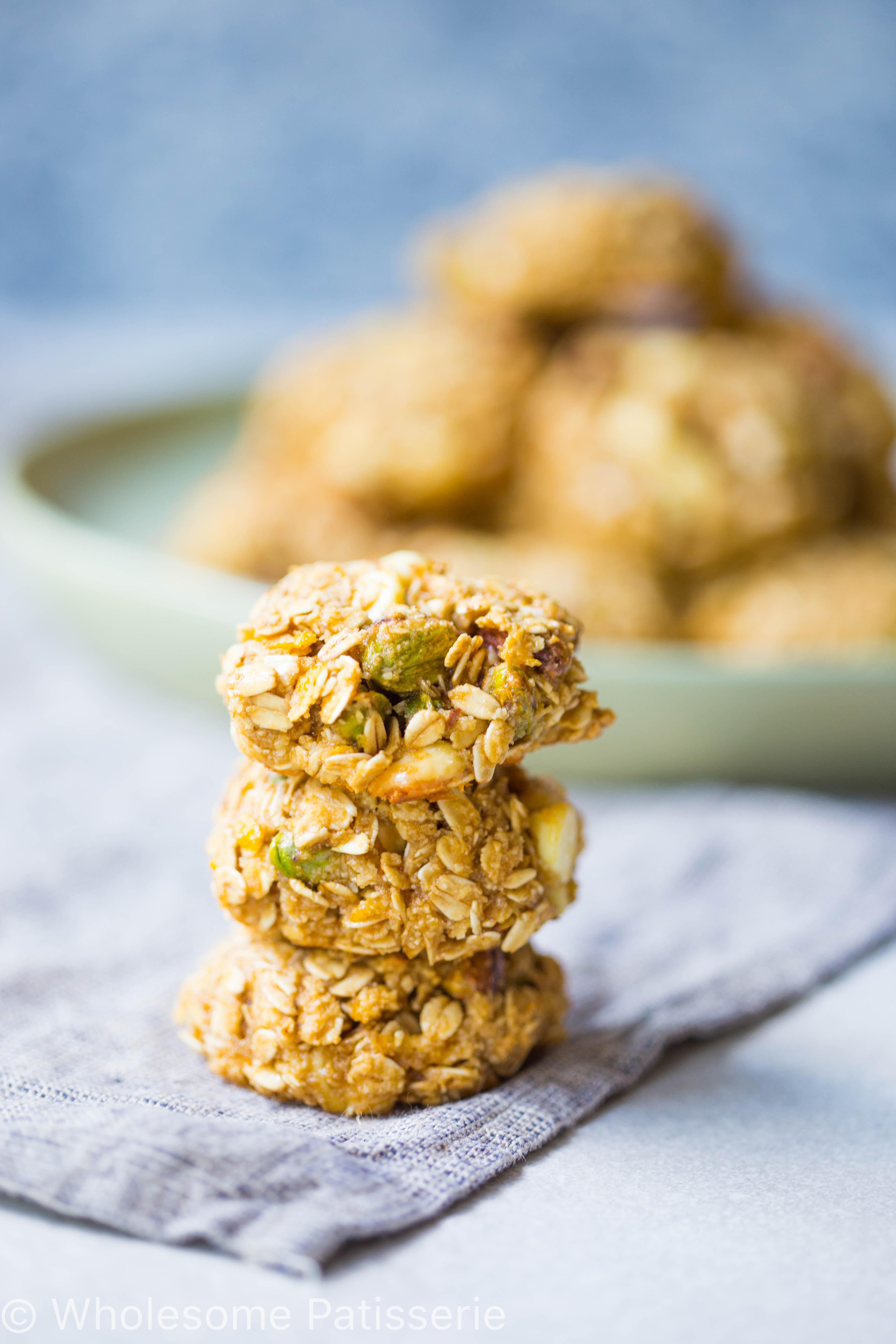 gluten-free-pistachio-white-chocolate-oat-cookies-dairy-free-easy-under-30-minutes-vegetarian