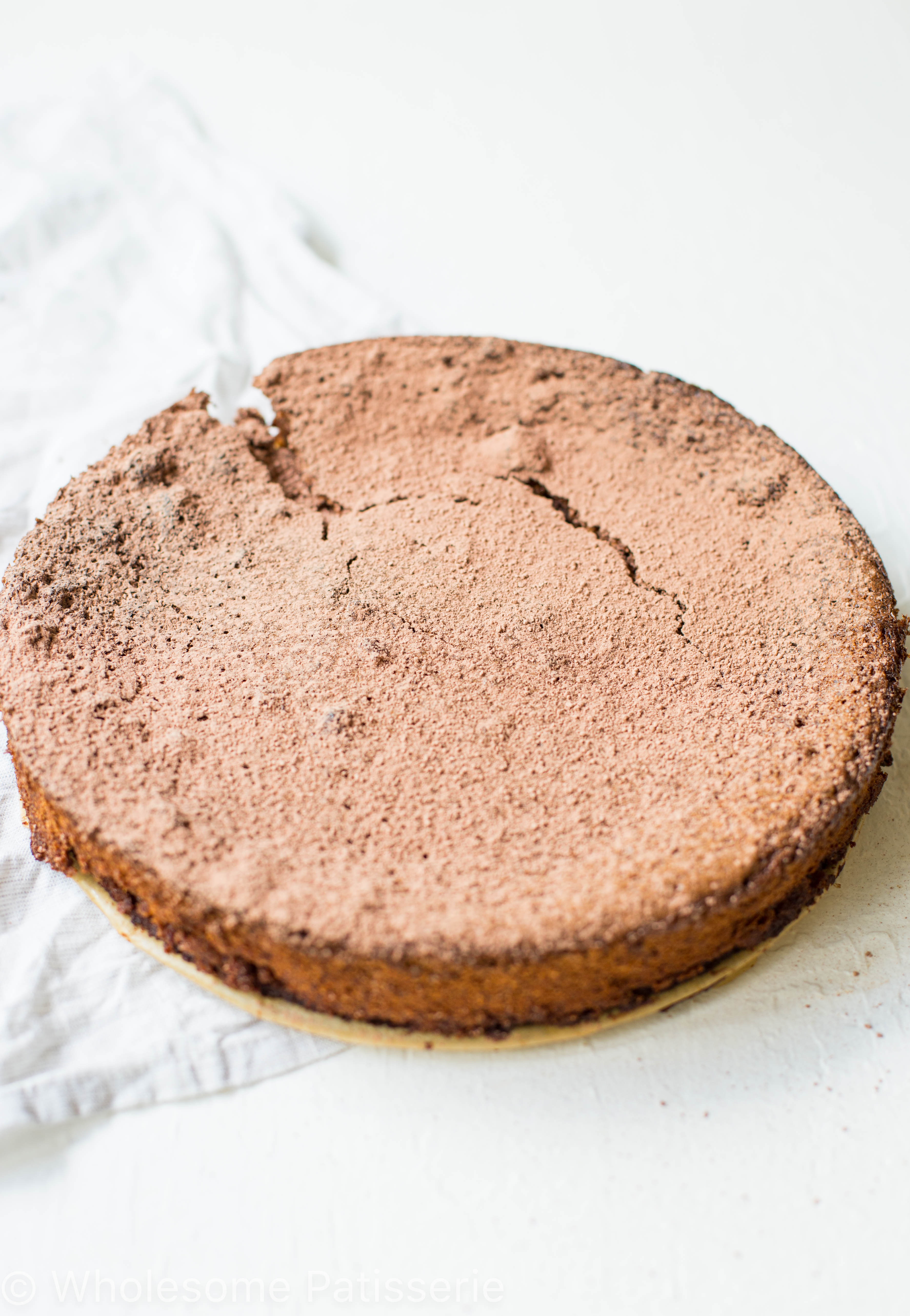 gluten-free-flourless-chocolate-cake-recipe-chocolate-baking-delicious