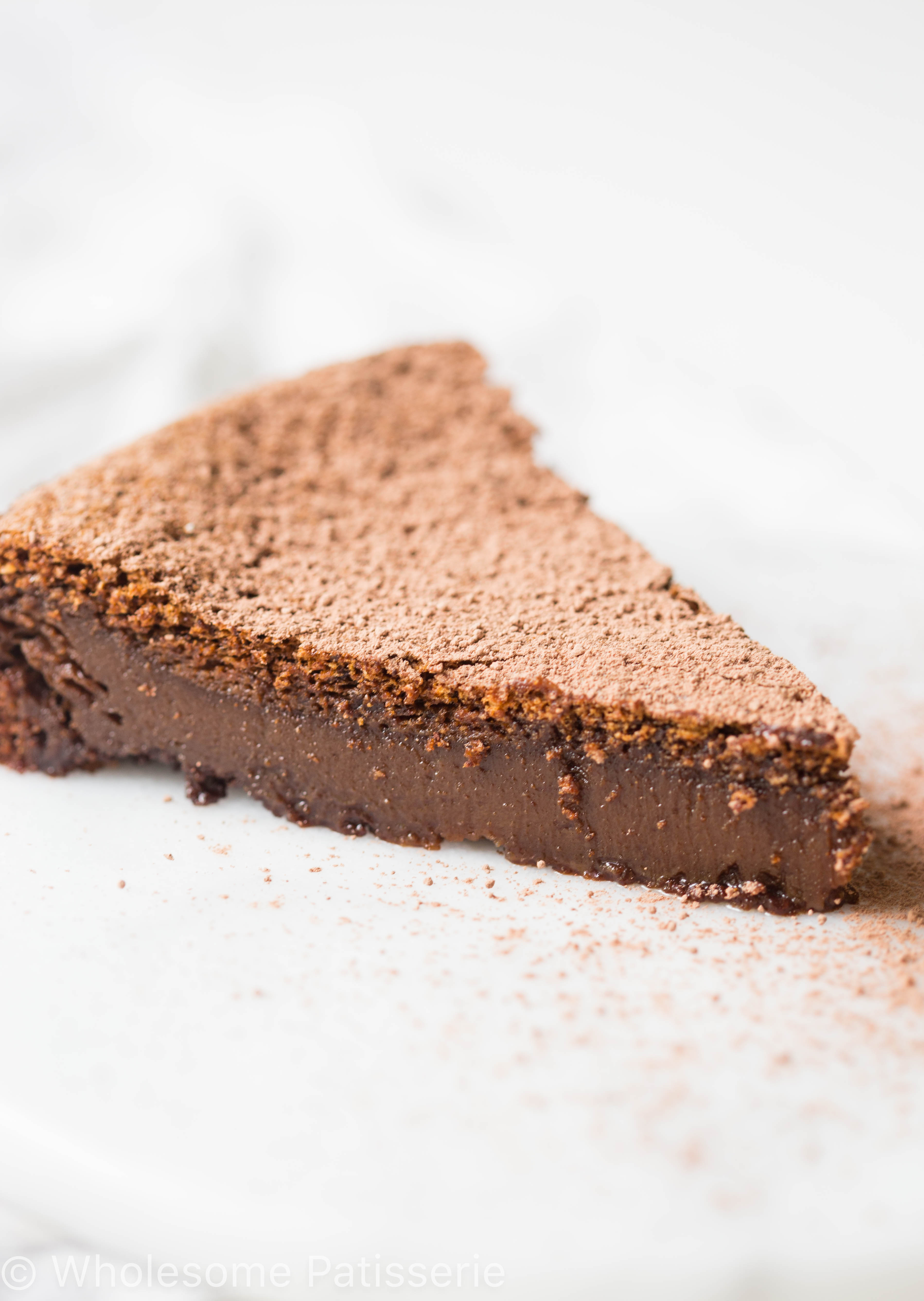 gluten-free-flourless-chocolate-cake-recipe-chocolate-baking-delicious-simple