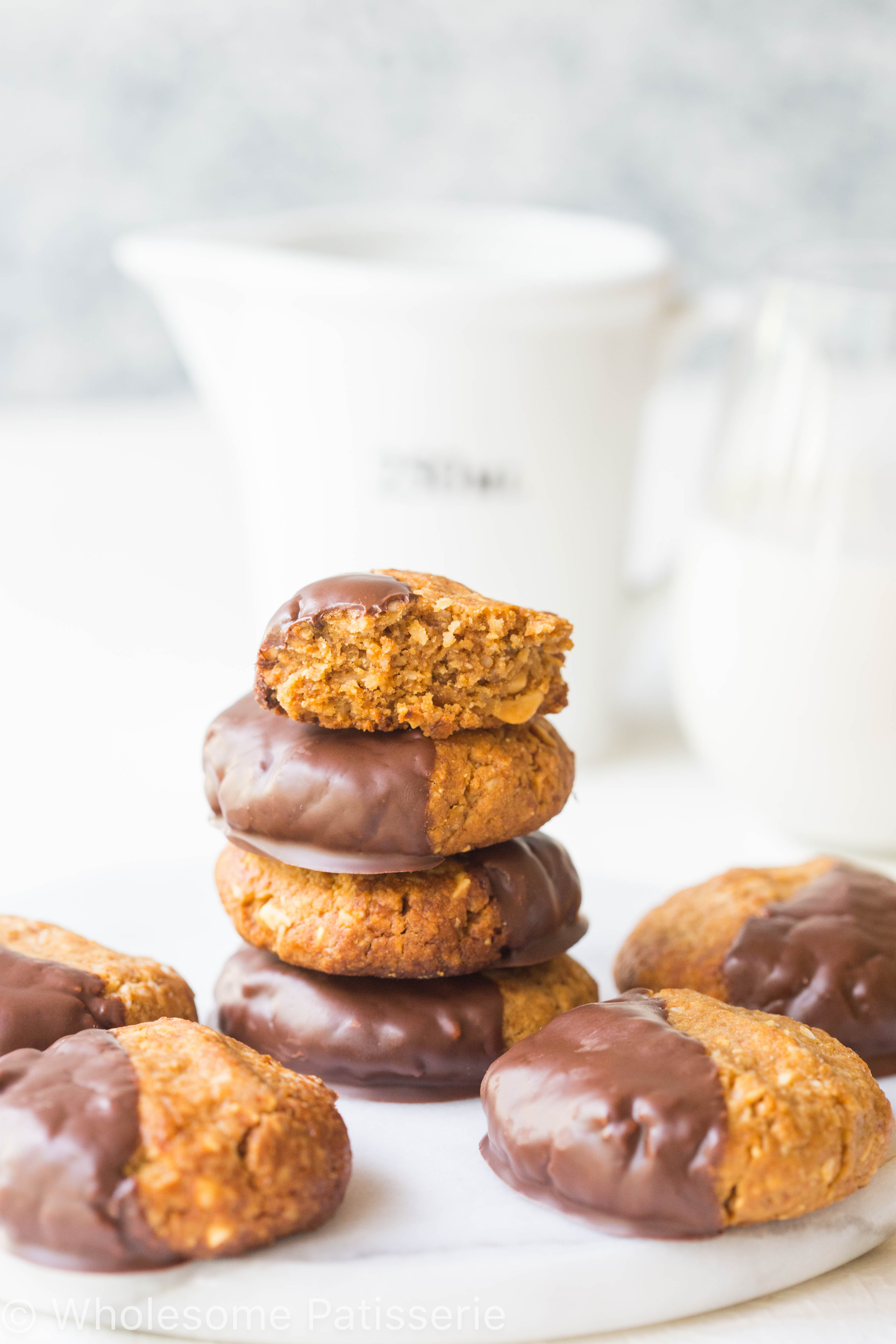 gluten-free-peanut-butter-chocolate-cookies-flourless-one-bowl-chocolate-delicious-amazing