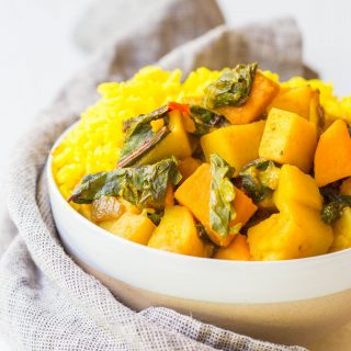 vegan-spicy-potato-spinach-curry-dinner-amazing-delicious-curry