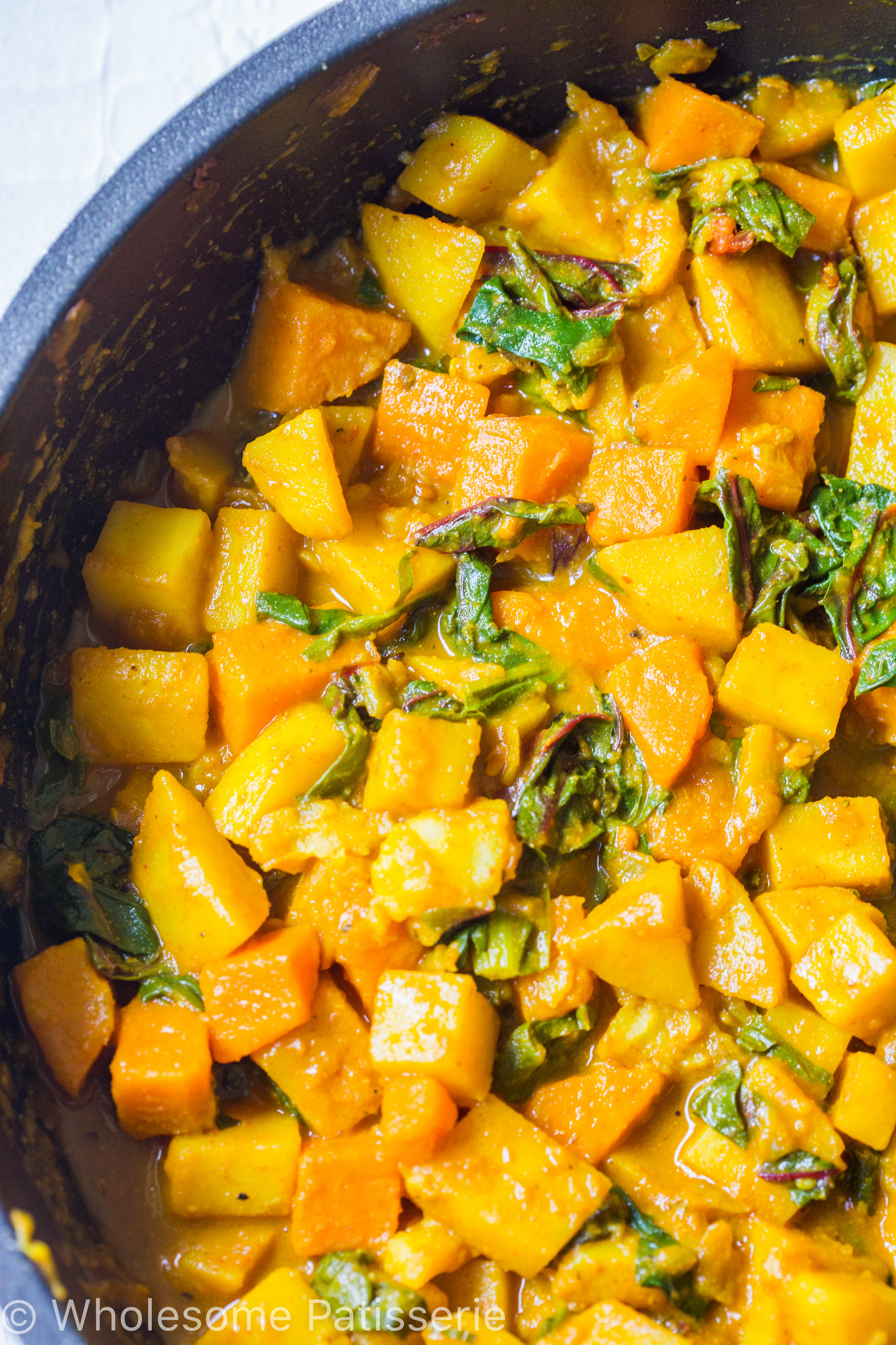 vegan-spicy-potato-spinach-curry-dinner-amazing-delicious-curry-alook