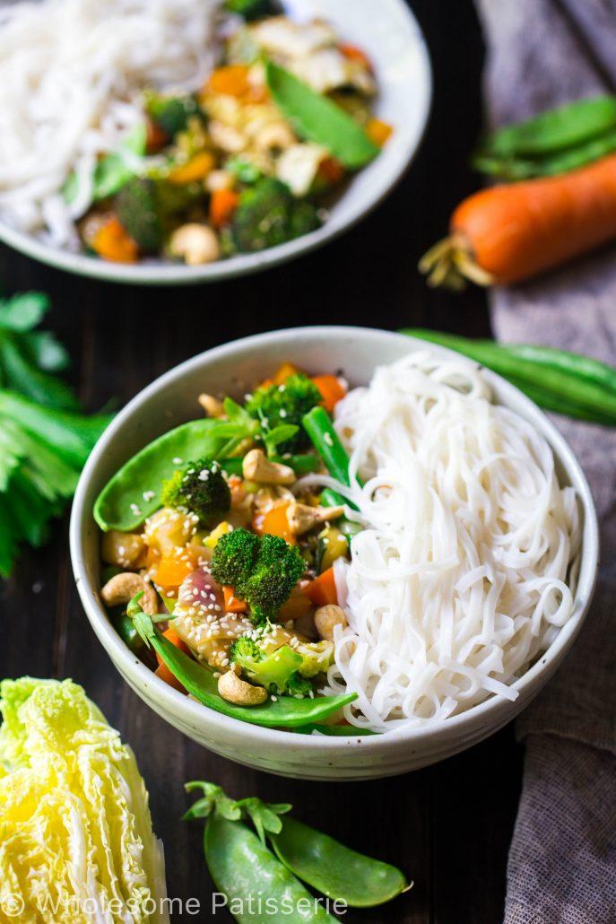 loaded-vegetable-stir-fry-vegan-gluten-free-vegetarian-30-minute-quick-dinner-delicious-noodles
