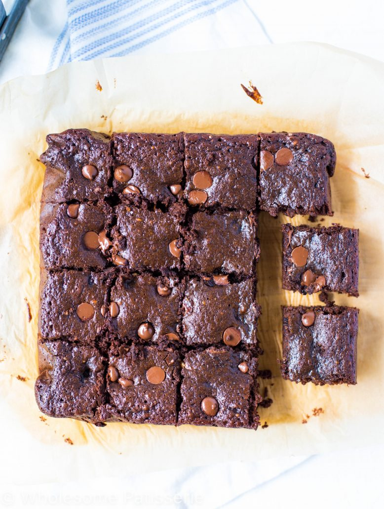one-bowl-flourless-chocolate-brownies-gluten-free-delicious-chocolate-almond-butter