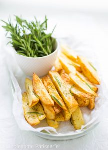 oven-roasted-rosemary-fries-gluten-free-vegan-fries-chips-delicious-amazing