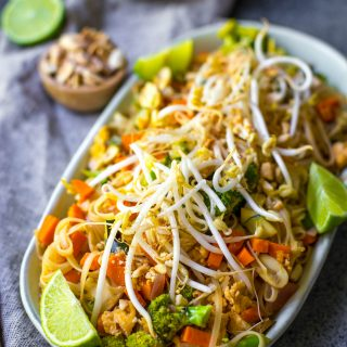 vegetarian-pad-thai-gluten-free-delicious-easy-thai-dinner-amazing-thailand