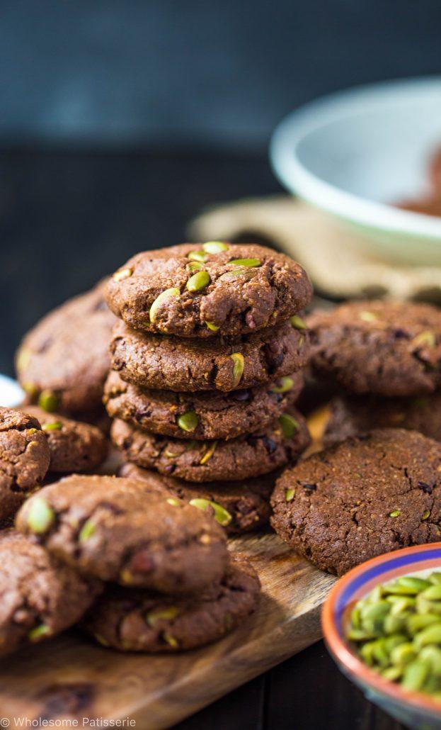 chocolate-pumpkin-seed-cookies-gluten-free-vegan-dairy-free-healthy-delicious-seeds