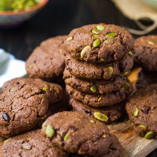 chocolate-pumpkin-seed-cookies-gluten-free-vegan-dairy-free-healthy-delicious