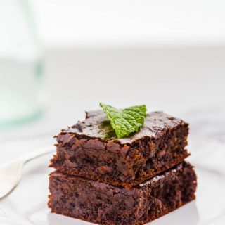 decadent-chocolate-mint-brownies-one-bowl-gluten-free-vegan-dairy-free-easy-kids-delicious