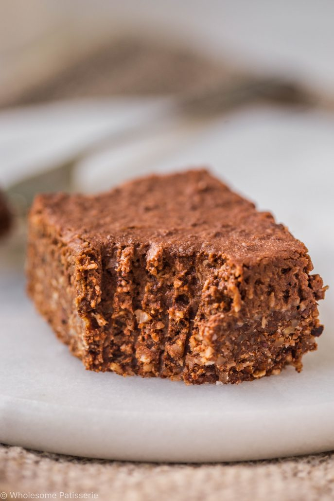 no-bake-vegan-chocolate-slice-gluten-free-dairy-free-baking-easy-snack-dessert-coconut