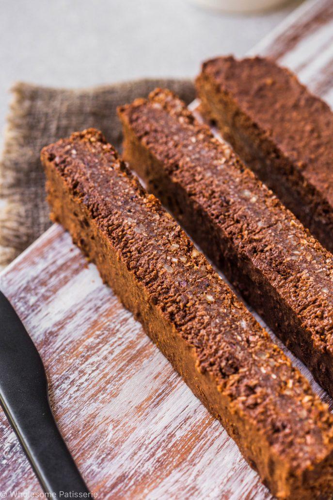 no-bake-vegan-chocolate-slice-gluten-free-dairy-free-baking-easy-snack-dessert-simple
