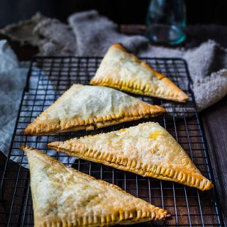 vegetable-pasties-gluten-free-vegetarian-healthy-10-ingredients-puff-pastry-easy