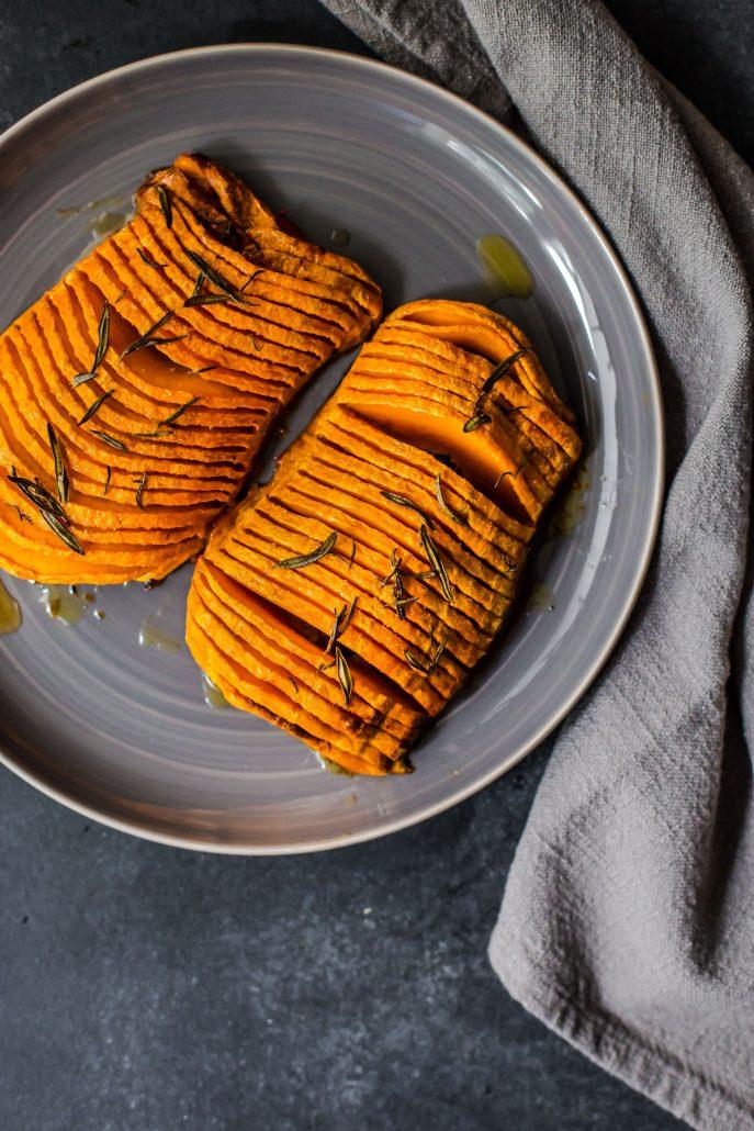 hasselback-butternut-pumpkin-vegan-dinner-side-easy-simple-flavour