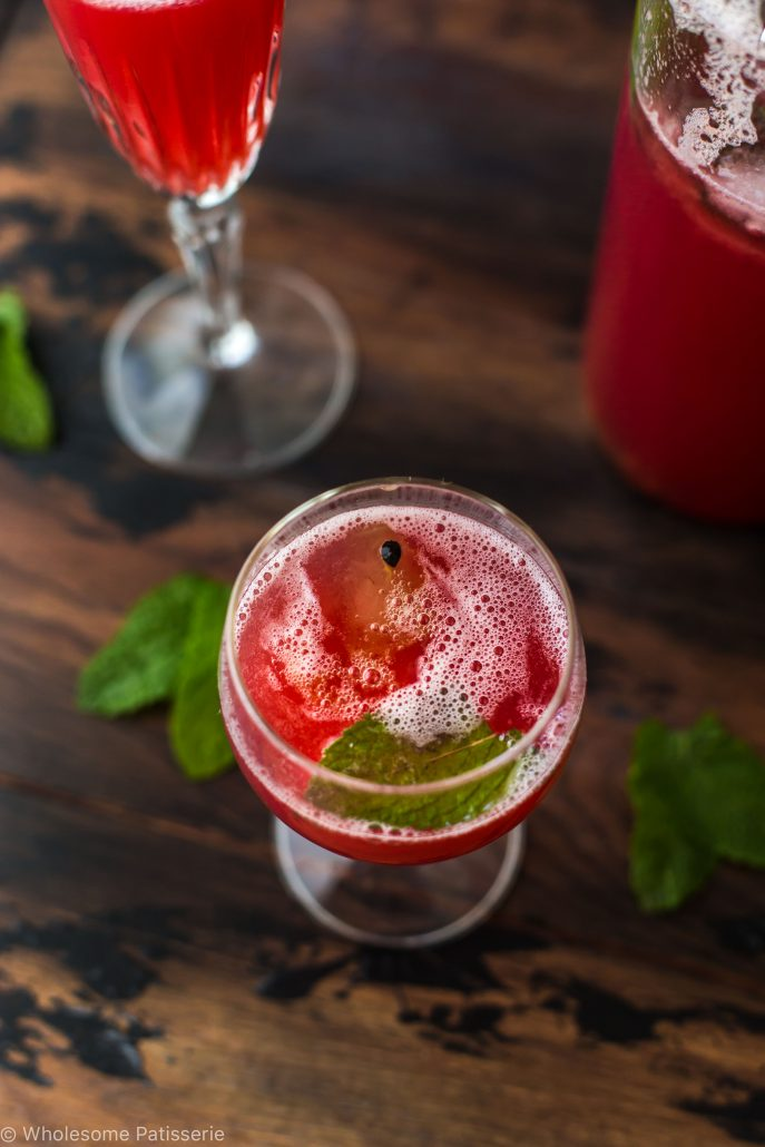 christmas-day-punch-cranberry-pineapple-kombucha-punch-non-alcoholic-festive-passionfruit-mint