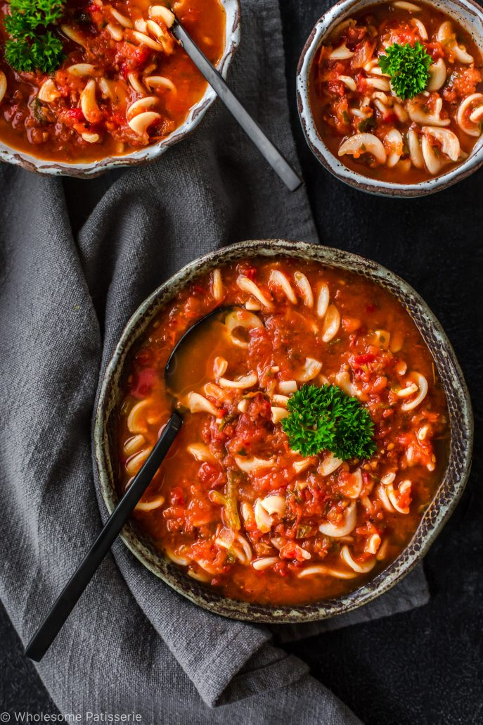 roasted-tomato-soup-tomato-pasta-soup-winter-vegetable-vegan-easy-family-dinner-entree-delicious