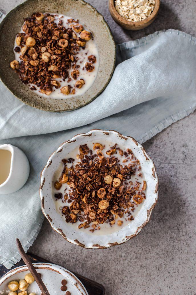 chocolate-hazelnut-granola-homemade-breakfast-meal-prep-delicious-nutella-vegan-vegetarian-dairy-free