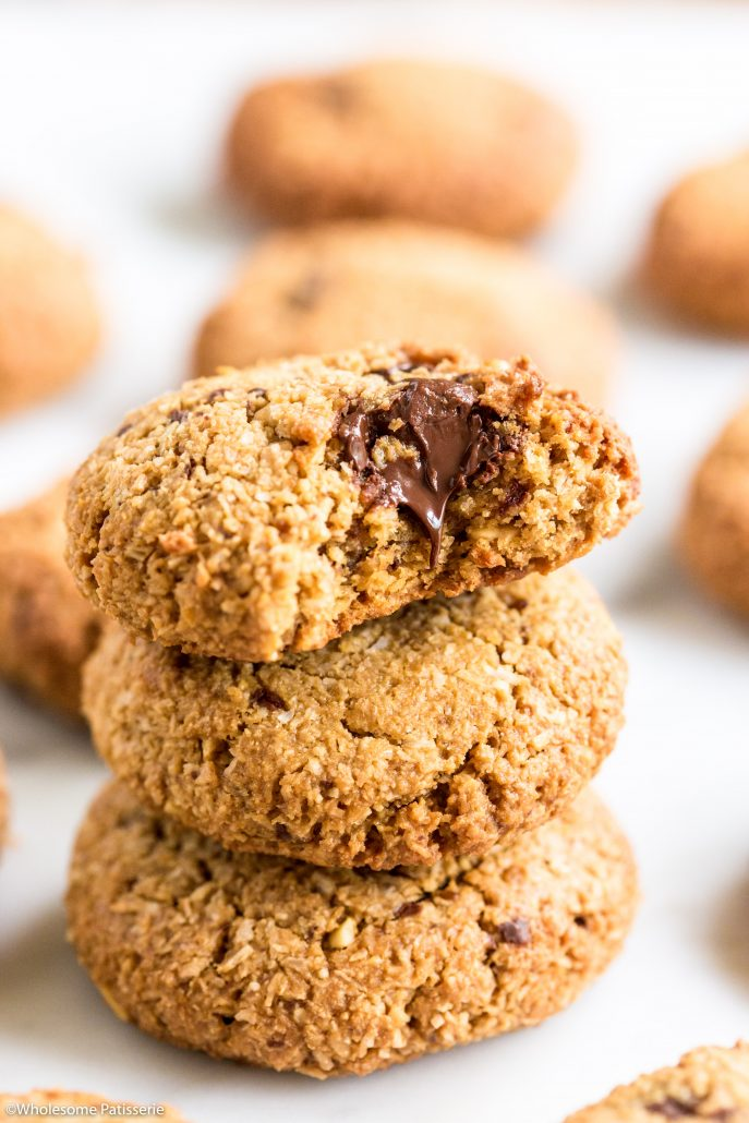 Cashew-chocolate-chunk-cookies-easy-1-bowl-5-ingredients-delicious-snack-healthy-2