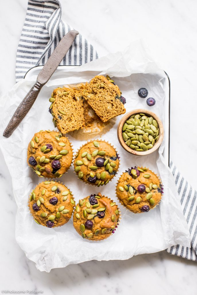 Pumpkin-blueberry-muffins-gluten-free-muffins-baking-easy-simple-quick-breakfast-muffins-homemasde