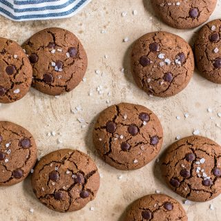 Salted-chocolate-cookies-gluten-free-baking-easy-snack-simple-fast-cookie