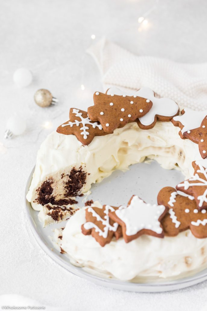 Chocolate-ripple-cake-with-brandy-cream-gingerbread-cookies-christmas-cake-holiday-cake-choc