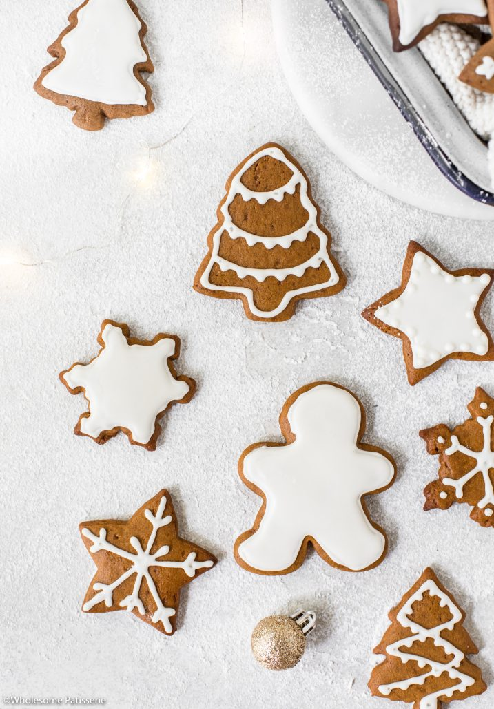 Gingerbread-cookies-white-royal-icing-christmas-cookies-christmas-baking-holidays-festive-ginger-bread-cooking