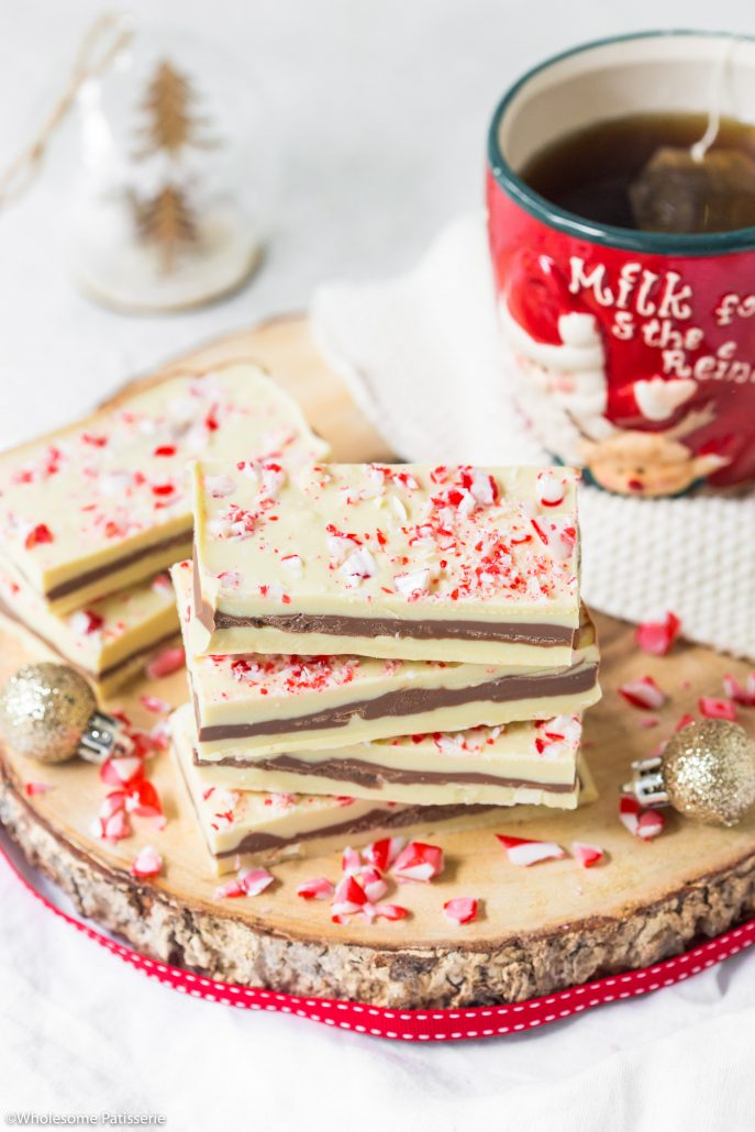 Peppermint-chocolate-bark-festive-bark-christmas-chocolate-snack-easy-holidays