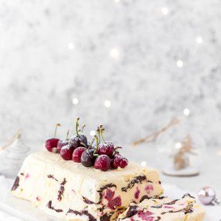 Raspberry-chocolate-semifreddo-dessert-cake-ice-cream-christmas-dessert-holidays-festive