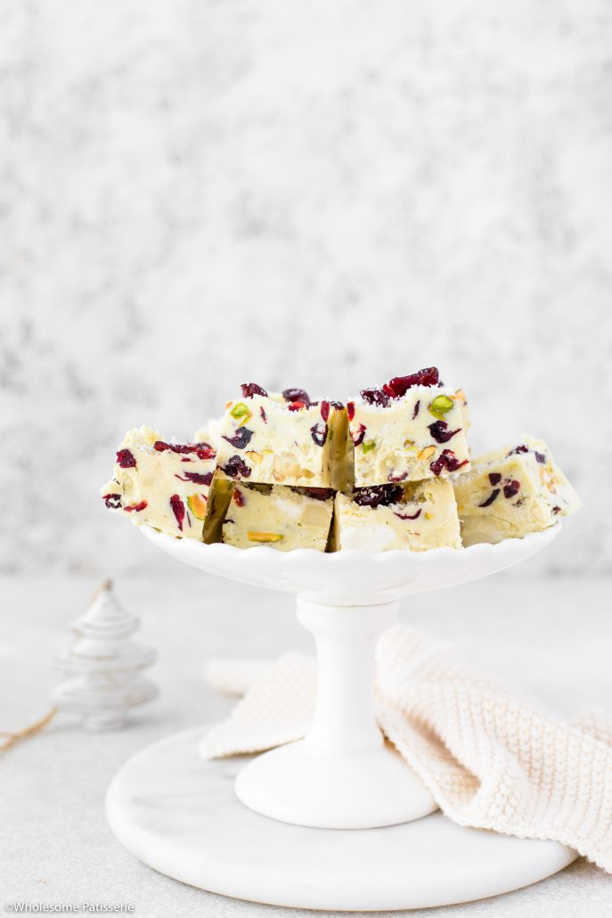 White-christmas-rocky-road-festive-rocky-road-easy-delicious-holiday-season-recipes