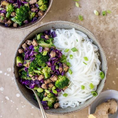 Ginger Broccoli Tempeh Noodles
