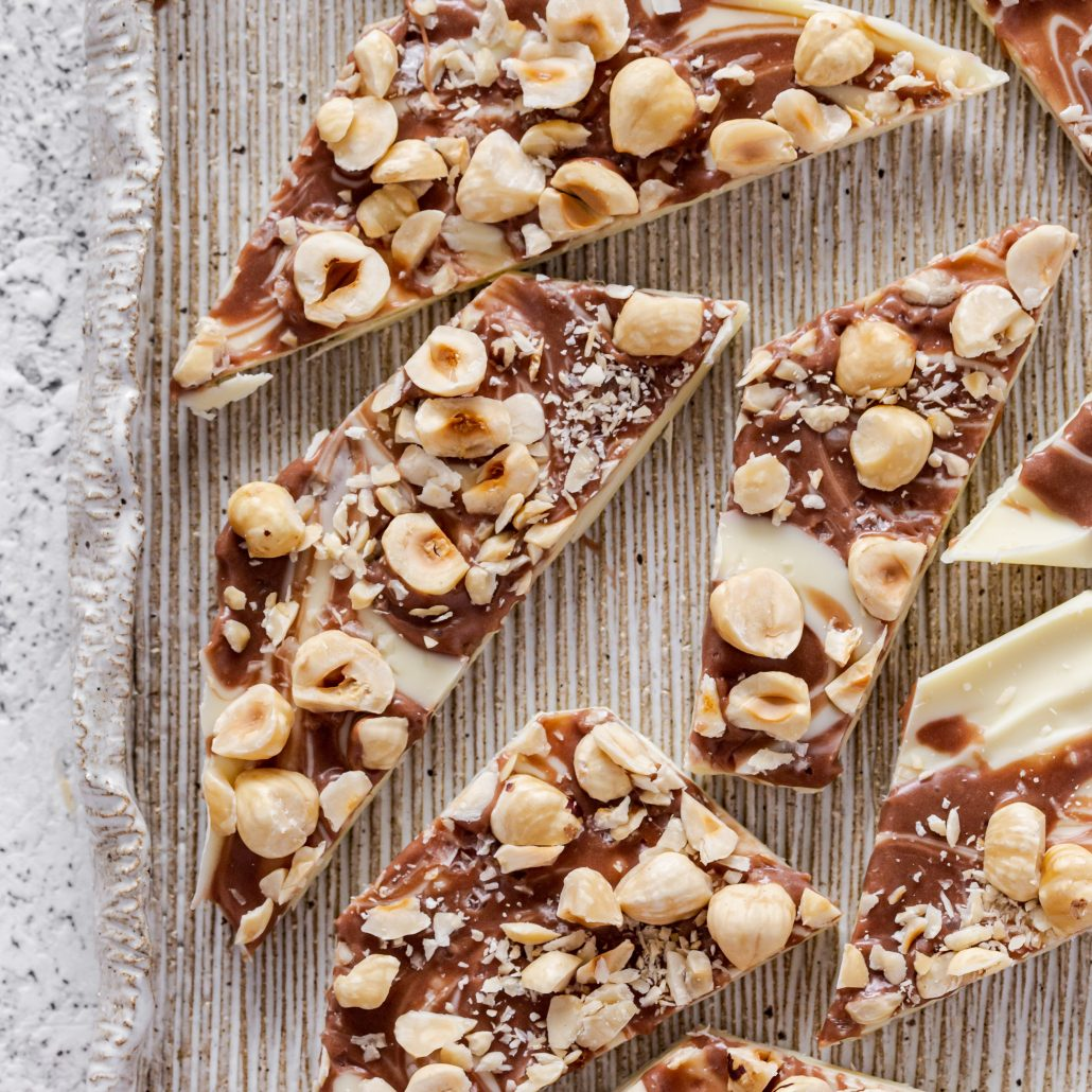 Salted Chocolate Hazelnut Bark! A divine 6-ingredient chocolate bark with a gooey topping! A light sprinkling of sea salt flakes cuts through the sweetness leaving you well balanced ;)
