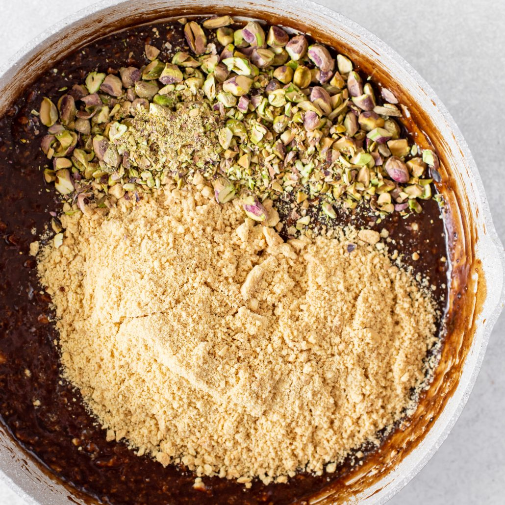 Orange & Pistachio Hedgehog! A homemade sweet that's fit for the holiday season! Beautiful notes of fresh orange and extra crunch from the pistachios!