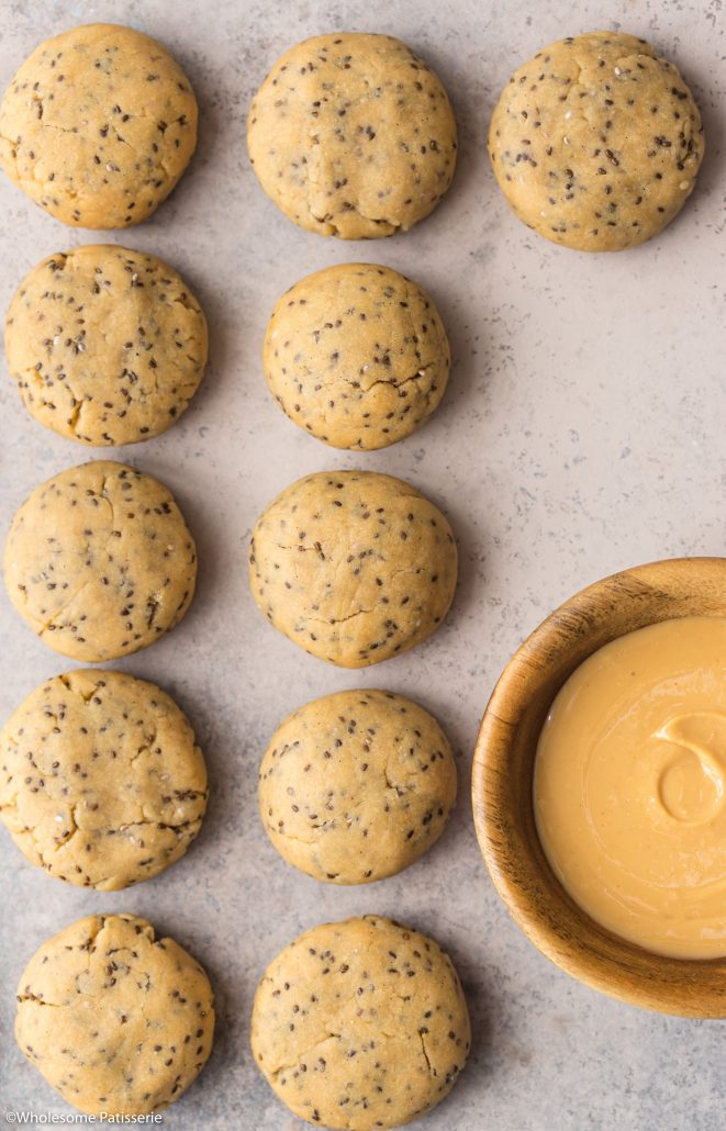 Peanut & Chia Cookies! Absolutely divine dairy free cookies featuring peanut butter, honey, olive oil and chia seeds! A wonderful addition to your daily routine - snack wise ;)
