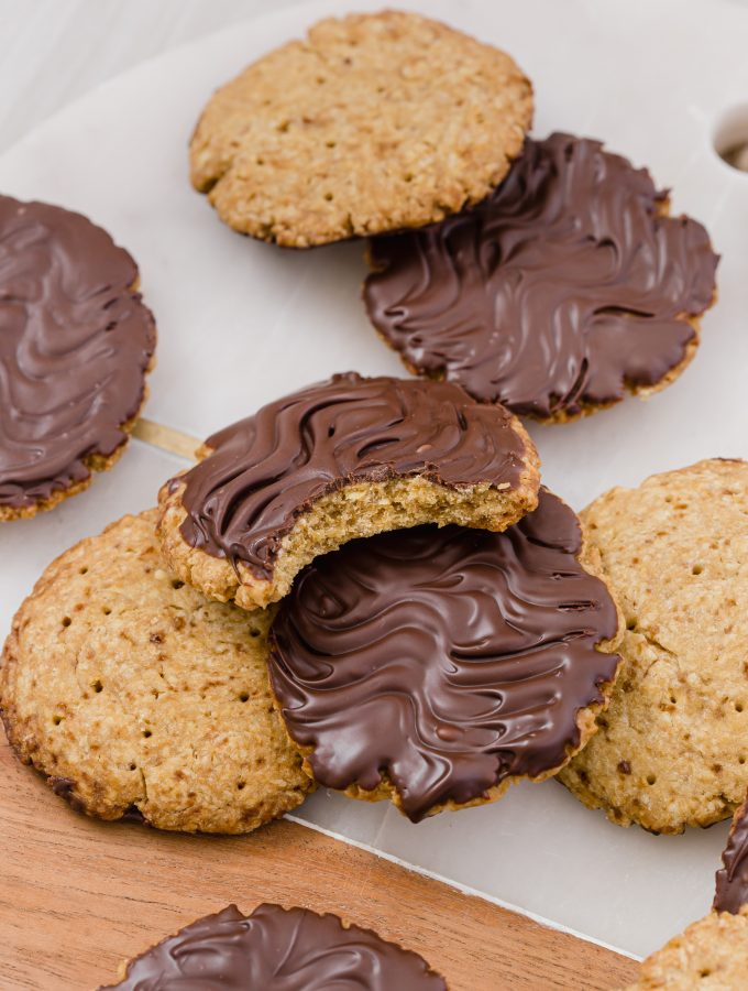 Homemade Chocolate Wheatens! Just like the store bought but much better! You're going to go wild over how easy and yummy these make at home chocolate wheatens are. They taste just like the ones you can buy and all you need is 6 ingredients.