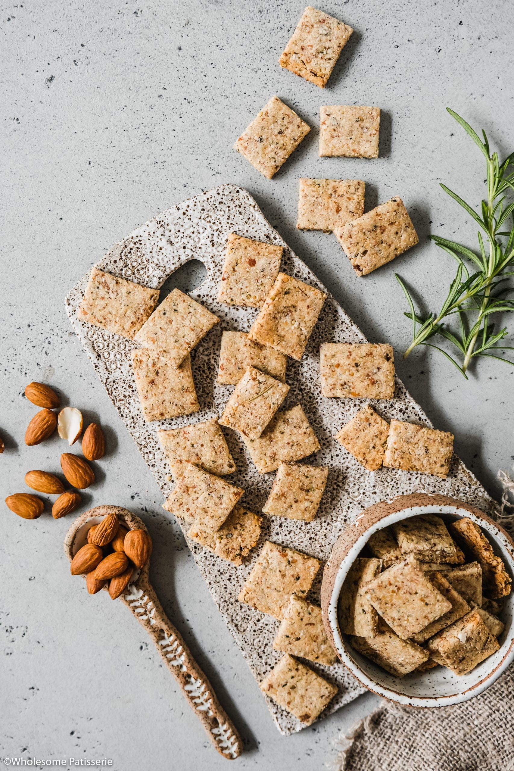 Almond Milk Pulp Crackers